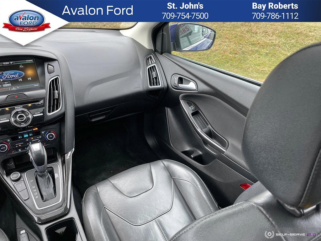 2015 Ford Focus Hatchback Titanium